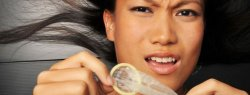 Det er vigtigt at anvende kondom i swingerklubben, når man leger med alle andre end egen partner